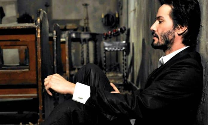 keanu reeves patchy beard