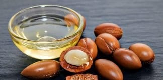 argan oil and kernels