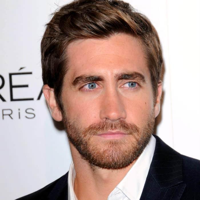 jake gyllenhaal short boxed beard style