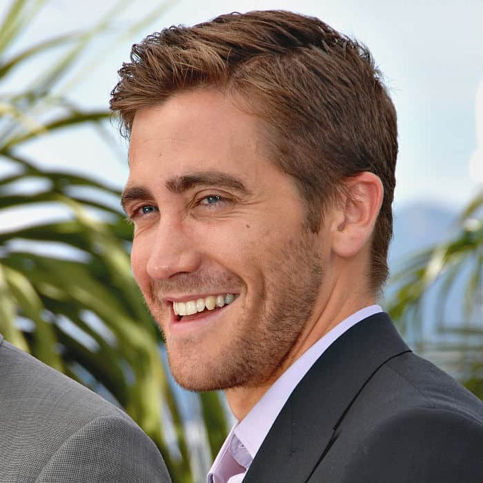 light stubble jake gyllenhaal
