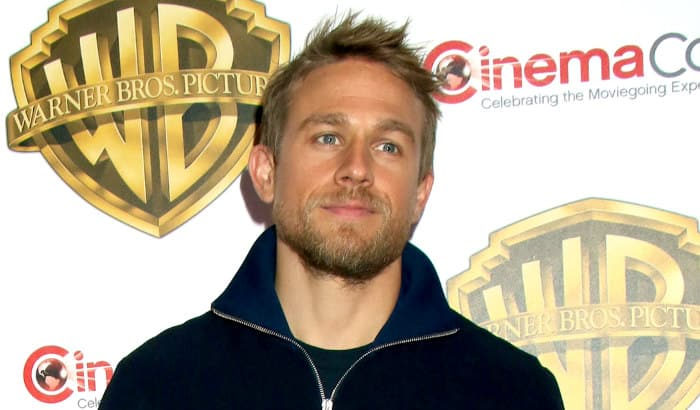the short beard style of charlie hunnam